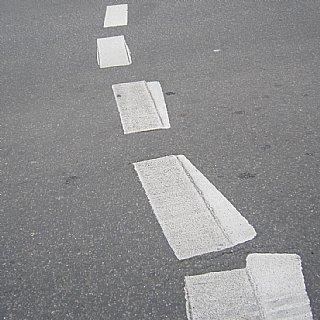 Straßenmarkierung © Alexander Gautsch
